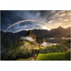 Arcoiris sobre Machu Pichu,...